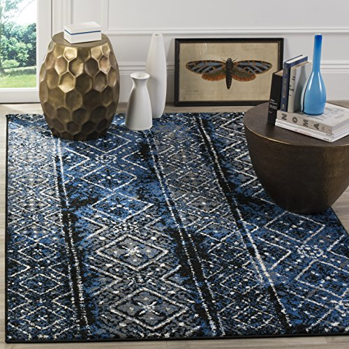 Safavieh Adirondack Collection ADR111A Silver and Black Contemporary Bohemian Distressed Runner