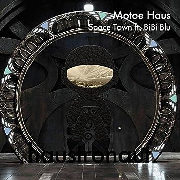 Space Town (feat. BiBi Blu)
