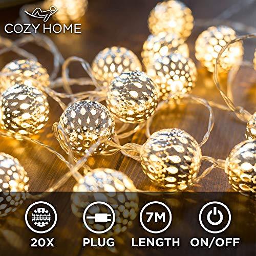 CozyHome marokkanische LED Lichterkette – 7 Meter | Mit Netzstecker NICHT batterie-betrieben | 20 LEDs warm-weiß | Kugeln Orientalisch | Deko Silber – kein lästiges austauschen der Batterien