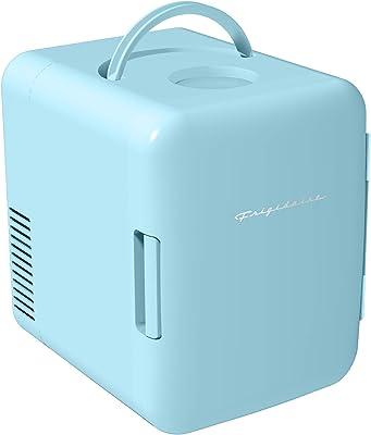 Frigidaire Refrigerador personal, miniatura, portátil y compacto, enfría y calienta, capacidad de 4 litros, enfría seis latas de 355 ml, 100 % libre de freón y es respetuoso con el medio ambiente, incluye enchufes para toma de casa y cargador de coche de 12 V, color azul