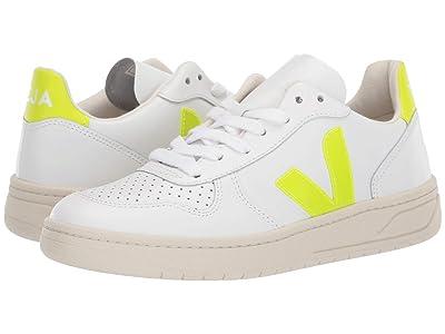 VEJA V-10 (Extra White/Jaune Fluo) Athletic Shoes