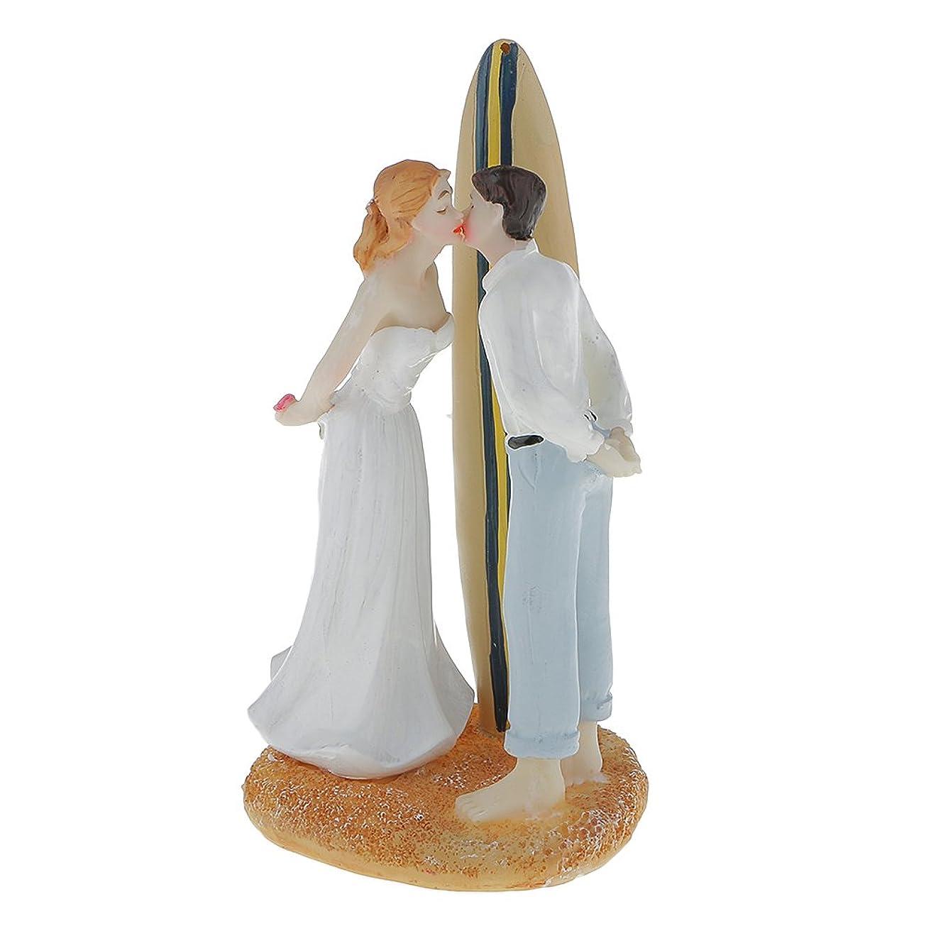 サスペンド葉を拾ういつ【ノーブランド品】結婚式のパーティー 装飾トッパー 帆船の置物 ケーキの上 花嫁花婿キス