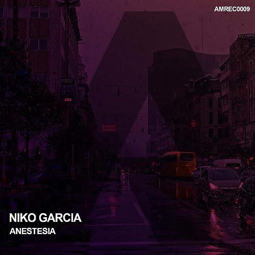 Rizo entrevista Ídolo  Anestesia by Niko Garcia on Amazon Music - Amazon.com