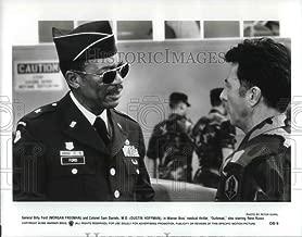 Historic Images - 1995 Press Photo Morgan Freeman, Dustin Hoffman in Outbreak