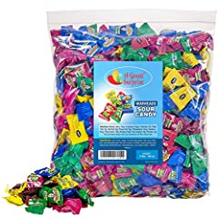 The authentic Extreme Sour Candy. When you want candy with an edge, only WARHEADS will deliver the EXTREME SOUR you crave! Every bag is assorted with your favorite flavors. Every bag is assorted with your favorite flavors- Apple, Black Cherry, Blue R...