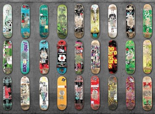 P171501-8 Foto-Tapete Vlies-Wandbild Skateboards aufgereiht an Betonwand Sport-Motiv
