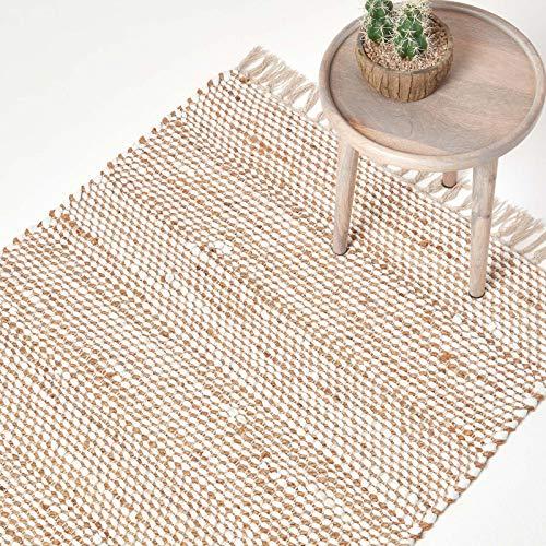 Homescapes Teppich/Bettvorleger Horizon, handgewebt aus 100% Hanf, 90 x 150 cm, Flickenteppich mit Fischgräten-Muster und Fransen, Creme-Natur