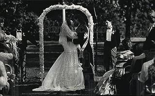 Historic Images - 1988 Press Photo Tricia Nixon, Edward Cox Wedding at The White House Rose Garden