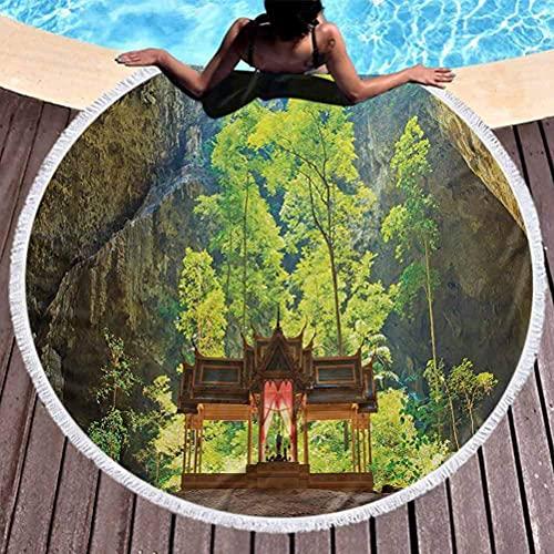 Tapis de serviette de yoga rond Glands de grotte naturelle Couverture de plage de cercle Pavillon latent entre les falaises Découverte de la foi dans la nature Image utilisée pour la méditation, se pr