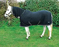 Perfect for Clipped Horses No bulky Neck seam Keep horses warm and clean Matching travel boots and accessories available Exclusive to Rhinegold