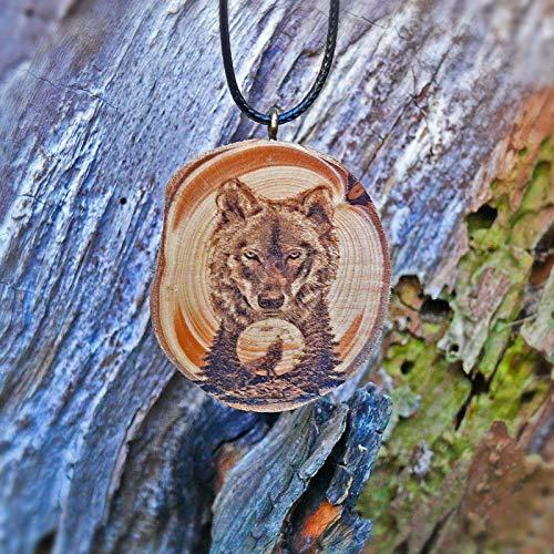 SOULSLICES Wolf Holz Kette Holz-Anhänger - Gravur - Krafttier - Mond - Einzigartig - Power - Spirit - Tier - Animal - Mond - Heulender - Männer - Herrenkette - Wolfskette