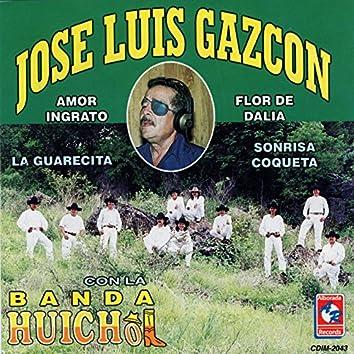 Con la Banda Huichol