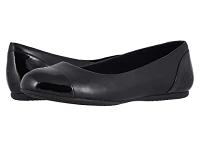 SoftWalk Sonoma Cap Toe (Black Soft Napa/Patent) Women