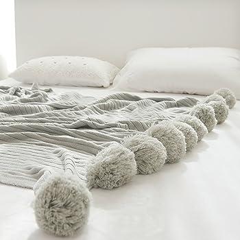 Manta de algodón con pompones de Minions Boutique, para adultos y niños, de punto: Amazon.es: Hogar