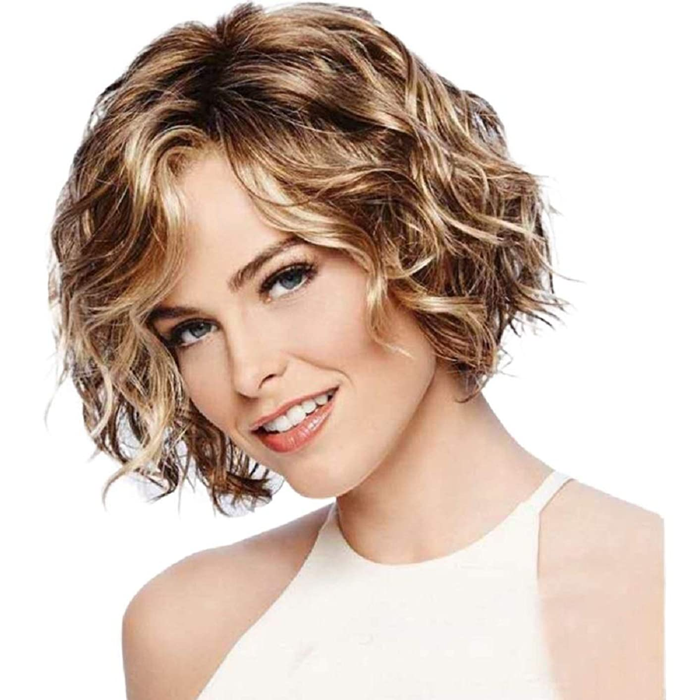 めんどり広範囲に然とした女性用ショートヘアウィッグフリンジ付きナチュラルヘアウィッグ女性用合成フルヘアウィッグハロウィンコスプレパーティーウィッグ、ライトゴールド