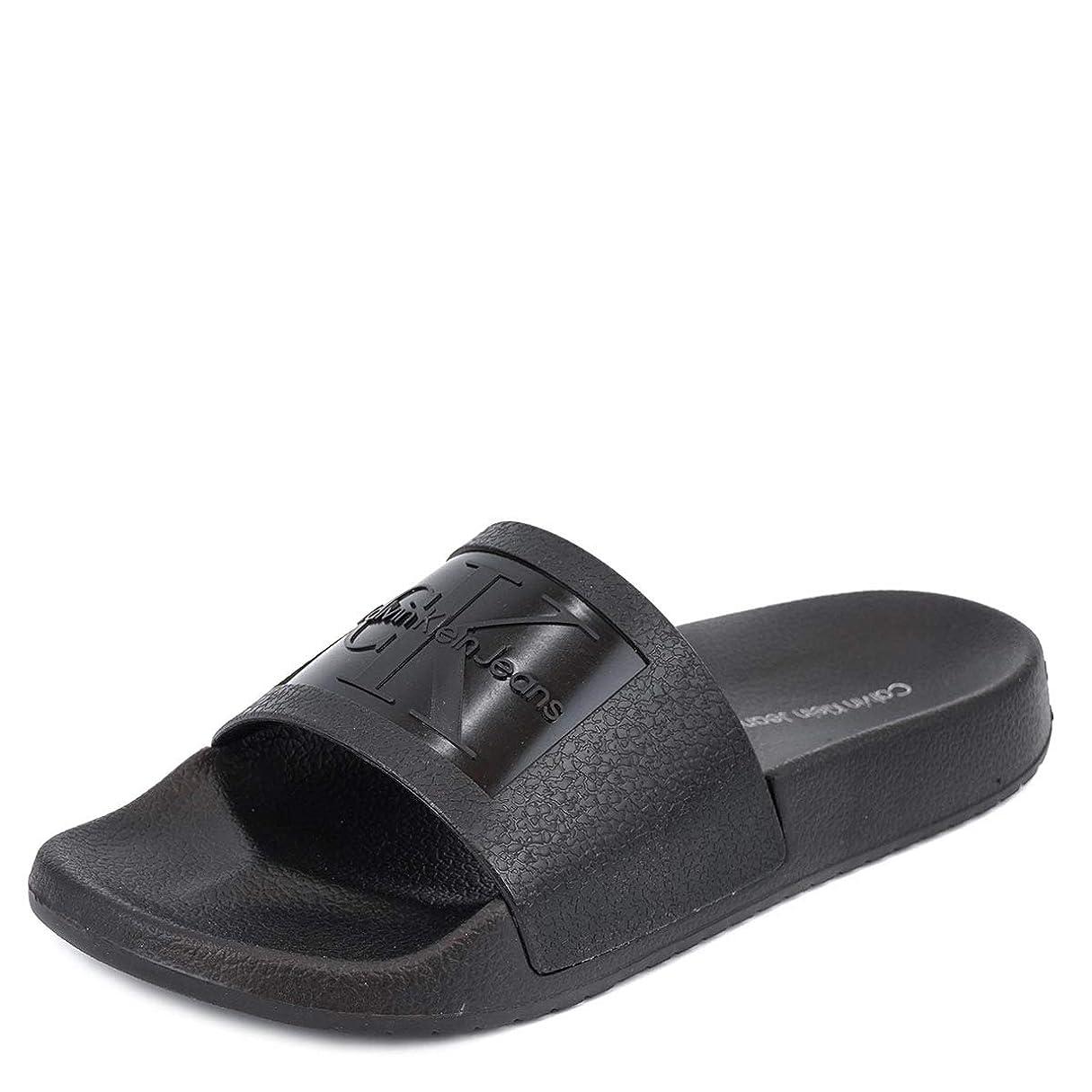 事件、出来事生き物服[カルバンクライン ジーンズ]Calvin Klein Jeans 34R8837 CHRISTIE JELLY SANDALS BLACK size6 [並行輸入品]