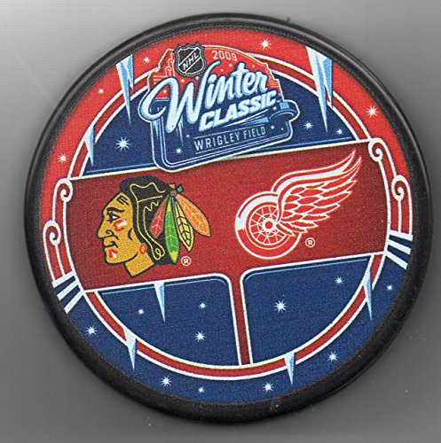 2009 Winter Classic Chicago Blackhawks vs Detroit Red Wings Wrigley Field NHL Hockey Puck + FREE Cube