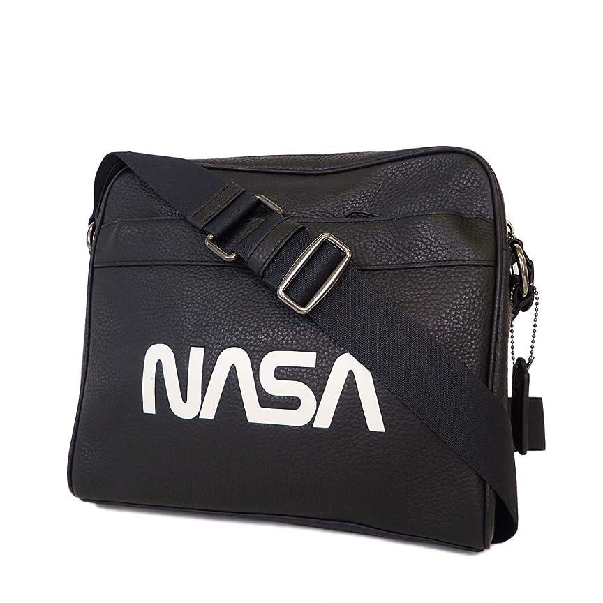傾向がありますぎこちないマンモスコーチ ショルダーバッグ レザー NASA ブラック系 F28319  [未使用]並行輸入品 [並行輸入品]