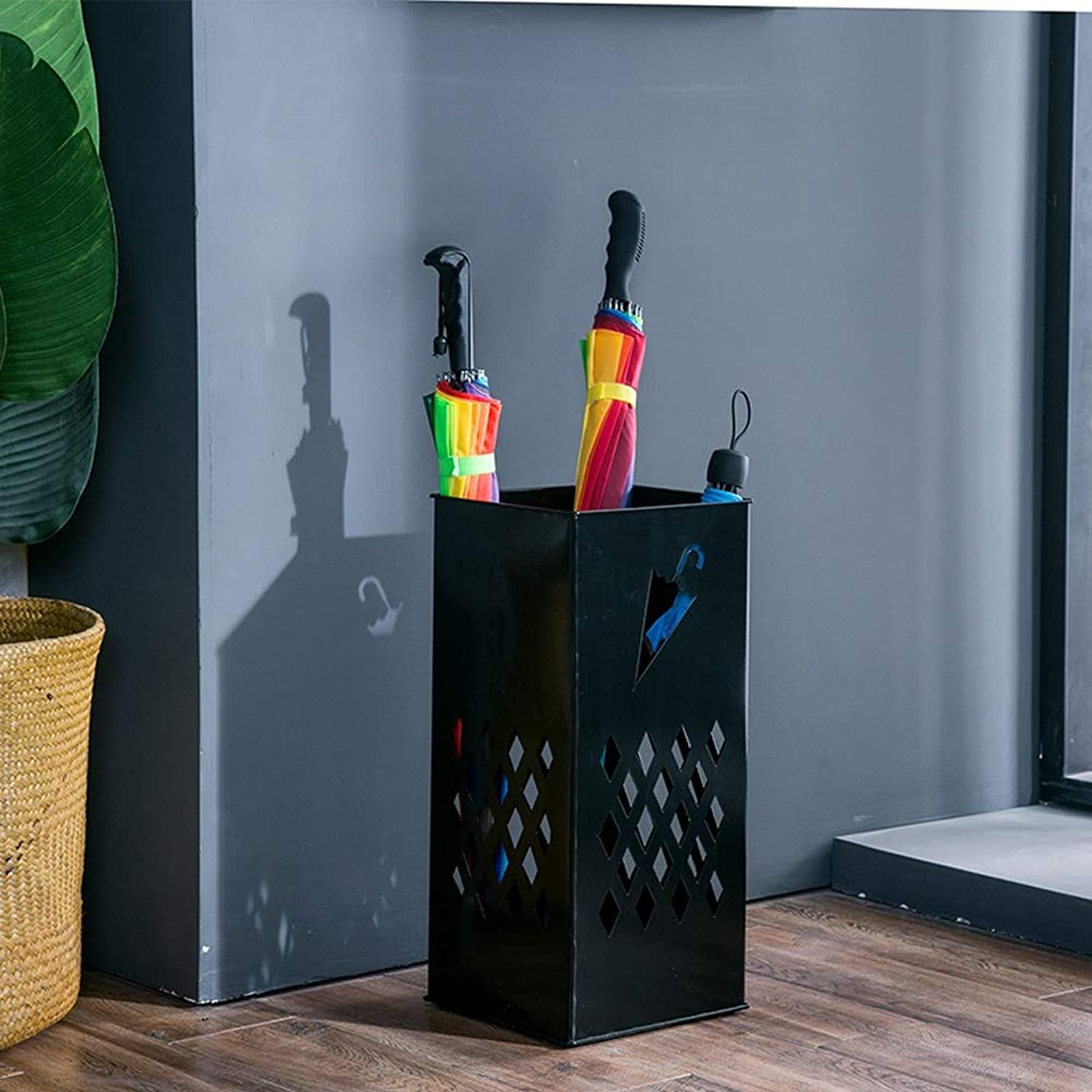 Jia He Umbrella Stand Rack Household Foyer Umbrella Storage Bucket European Style Simple Hollow rain Gear Storage Rack - 3 colors Optional @@ (color   Black)