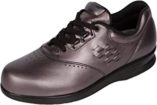 Amazon.com   200   Above - Athletic   Shoes  Clothing af310a66f23