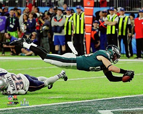 Philadelphia Eagles Zach Ertz Scores The Game Winning Touchdown During S. B. 52, 8x10 Photo, Picture