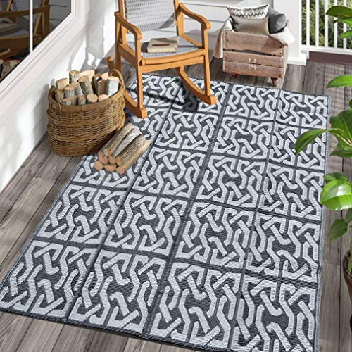 SAND MINE Reversible Mats, Plastic Straw Rug, Modern Area Rug, Large Floor Mat and Rug for Outdoors, RV, Patio, Backyard, Deck, Picnic, Beach, Trailer, Camping (5  x 8 , Black & Grey)