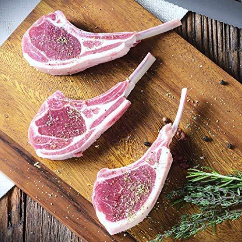 【肉の山本 千歳ラム工房 骨付きラムロース ラムチョップ】ラムの中では一番といっていいほどの旨味が詰まっているラムチョップ。骨から肉汁がしたたり豪快にかぶりつくと一気に肉汁があふれだすとってもジューシーな逸品。時にはギフトに時には自分へのご褒美をちょっと贅