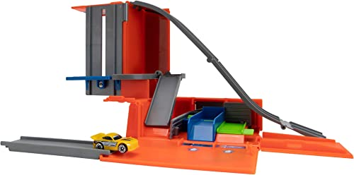 Micro Machines Core Playset Car Tuner Garage Station - Expandable and Connectable to Other MM Sets Includes One Exclusive Vehicle - Collect Them All