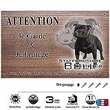 Pets-Easy.com Panneau Attention au Chien personnalisée Staffie Noir - pré perforée et vis livrées. De 30 cm à 15 cm…
