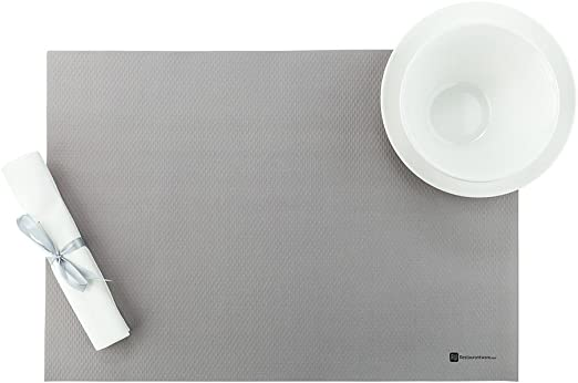 Amazon Com 20 Inch X 14 Inch Paper Placemats 1000 Heavyweight Paper Table Mats Recyclable Rectangular White Paper Disposable Placemats For Parties And Celebrations Restaurantware Home Kitchen