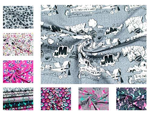 Disney-Mickey Mouse-Stoff im Flurgzeug auf Baumwoll-Jersey in grau aus 95% Baumwolle und mit 220g/m² als Stoff-Meterware ab 25 cm