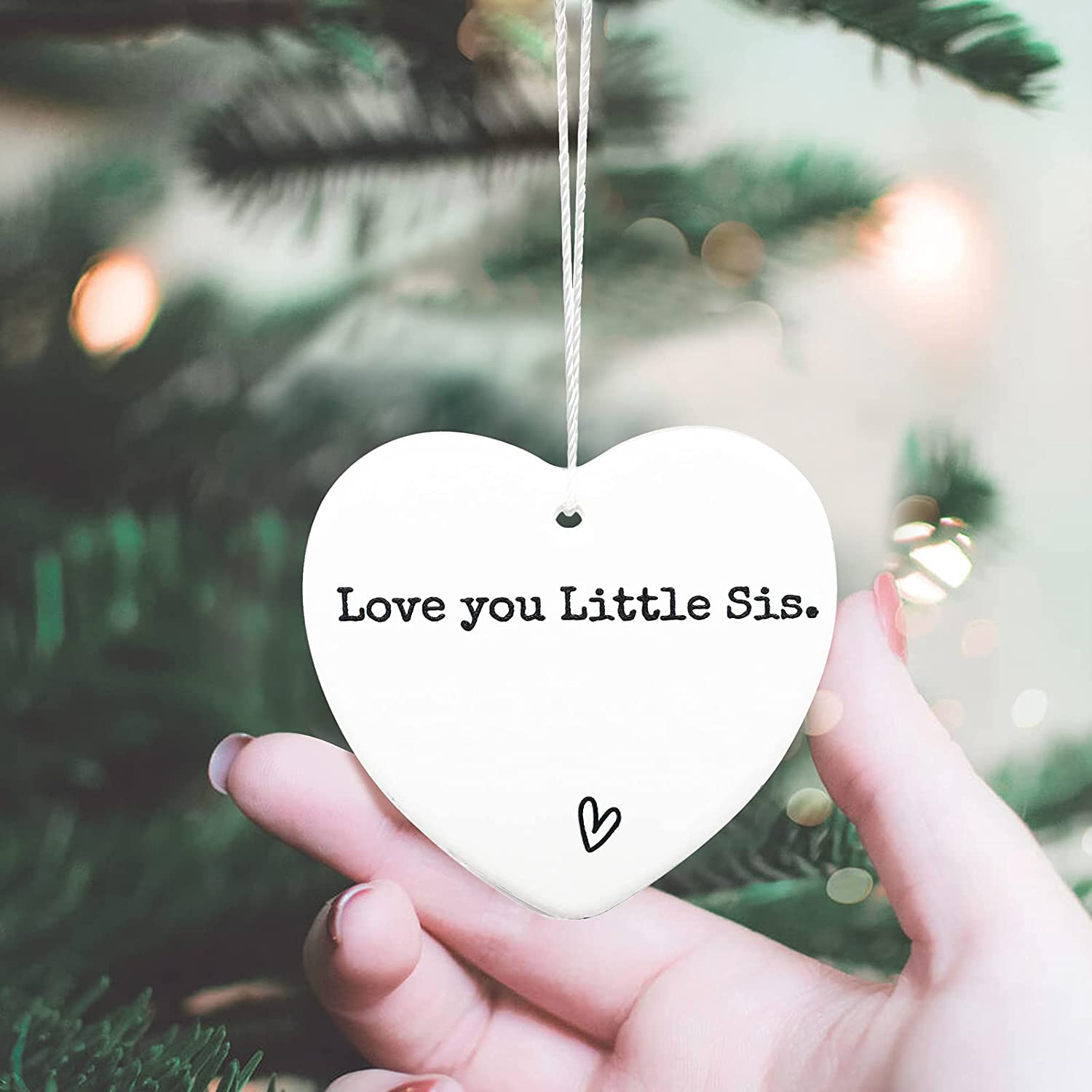 JasmineLi Love You Little Sis Ornament,Sister Keepsake for Little Sister Gift Tough Times Missing You Friends Apart Send Love Collectible Gift Ceramic Heart Present Ornament,onesize