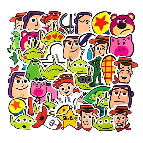 WYZNB 40 piezas de dibujos animados juguete lindo historia coche etiqueta portátil scooter coche maleta decoración pvc graffiti mano cuenta etiqueta niño niña creativo regalo