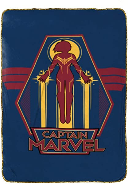 Jay Franco Captain Marvel Taking Off Blanket Blue