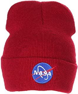 166e891235c Amazon.com  Reds - Beanies   Knit Hats   Hats   Caps  Clothing ...