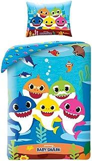 Halantex – BSH115 – Juego de cama de algodón Baby Shark papá, mamá, hijo, abuelo, tiburón de la famosa canción funda nórdica y funda de almohada – Multicolor – 100% algodón – 140 x 200 cm