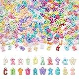 Beadthoven 240 g / set Charms alfabeto in plastica ABC Perline Acrilico colorato Lettera iniziale casuale Pendenti per collana Braccialetto Gioielli Artigianato Fare istruzione per bambini