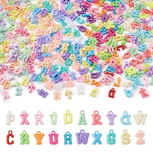 Cheriswely, 880 ciondoli a forma di lettere dellalfabeto opache, colorati e opachi, per gioielli fai da te, bracciali, collane, artigianato, foro: 2 mm