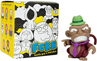 52393 Brian: Funko POP 1 FREE American Cartoon Themed Trading Card Bundle x Family Guy Vinyl Figure