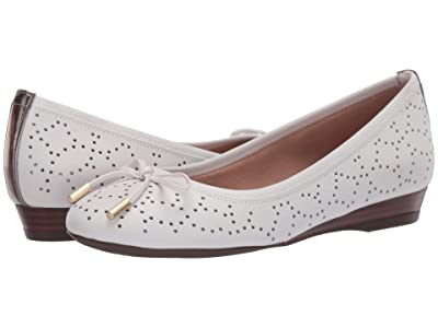 Rockport Total Motion Shea Perf Tie (White) Women