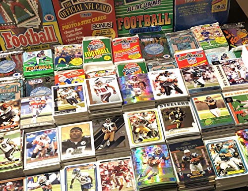 400 Card NFL Starter Gift Pack Includes Many Stars, Rookies, Hall Of Famers, Tom Brady, Elway, Manning, Mahomes Also Includes Bonus 2020 Score Franchise Justin Herbert Rookie Card Limited 1/1251 SP