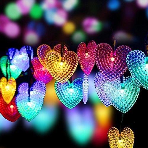 DNOWIN - Stringa di luci a forma di cuore, 30 LED, impermeabile, per interni ed esterni, 8 modalità di illuminazione decorativa per matrimoni, feste, casa, albero di Natale moderno (multicolore)