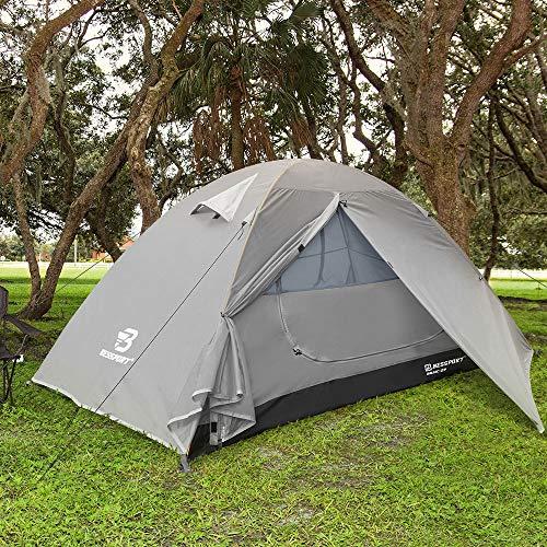 Camping tente crochet vers le haut