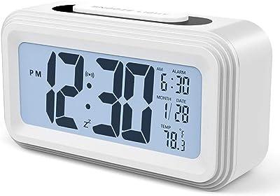 Contever LED Digital Alarma Despertador, Inteligentes Escritorio Reloj con Snooze Sensor de luz Tiempo Fecha