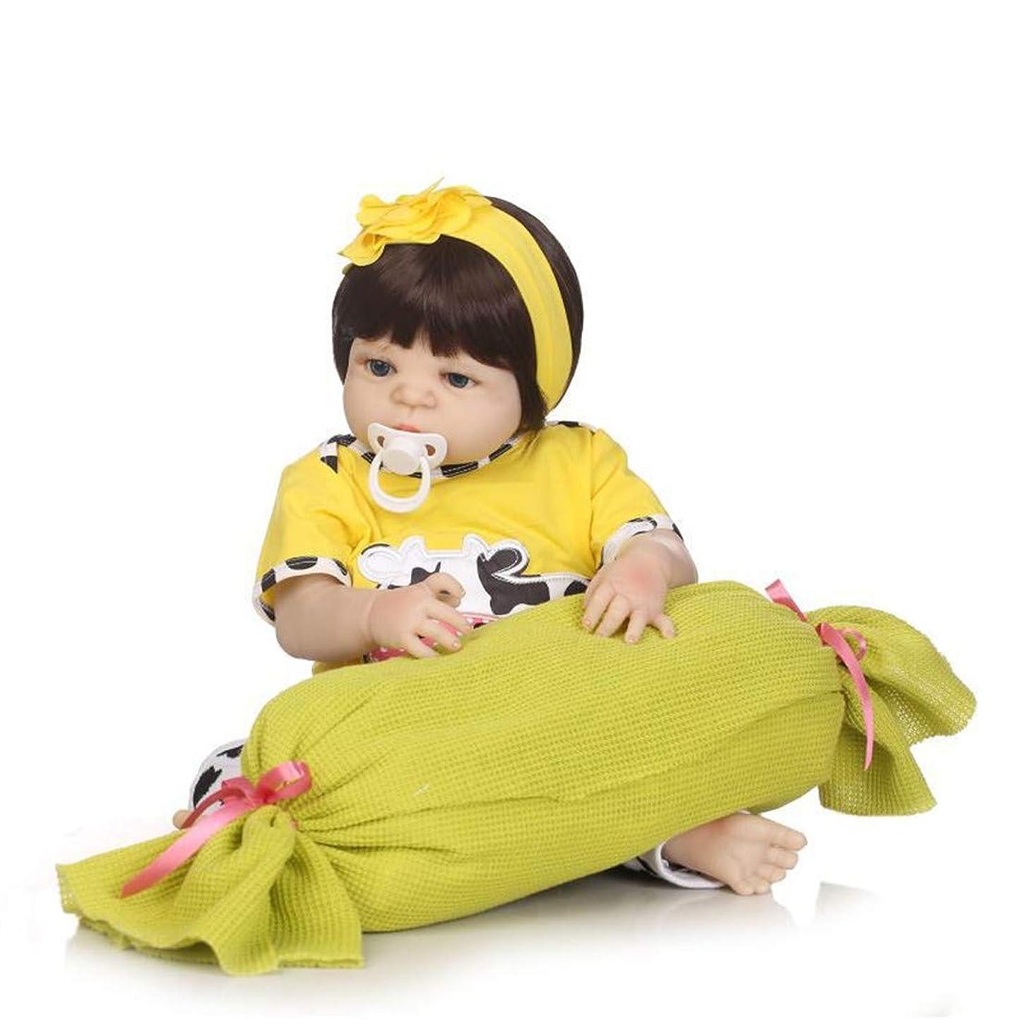 世界的に現れる偽現実的なリボーン赤ちゃん人形本物そっくりの、実リボーンドールアクリル目と手のアプライド?アイ?まつげベスト誕生日を設定し、22インチで設計された加重探し