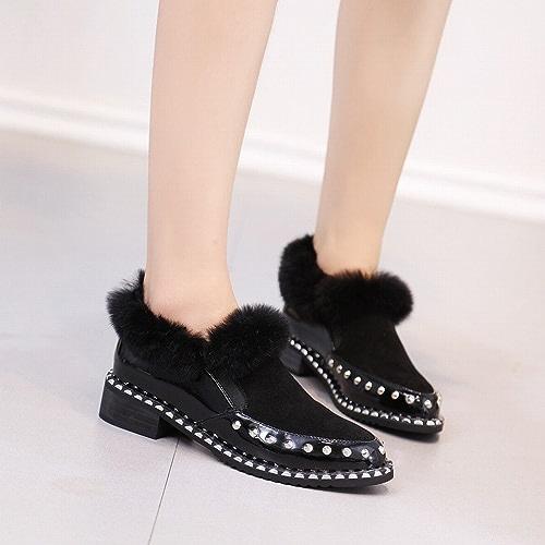 ZH Hiver Pointu Et Cachemire Grossier avec des Chaussures en Peluche Hiver Casual Chaussures Femmes Casual