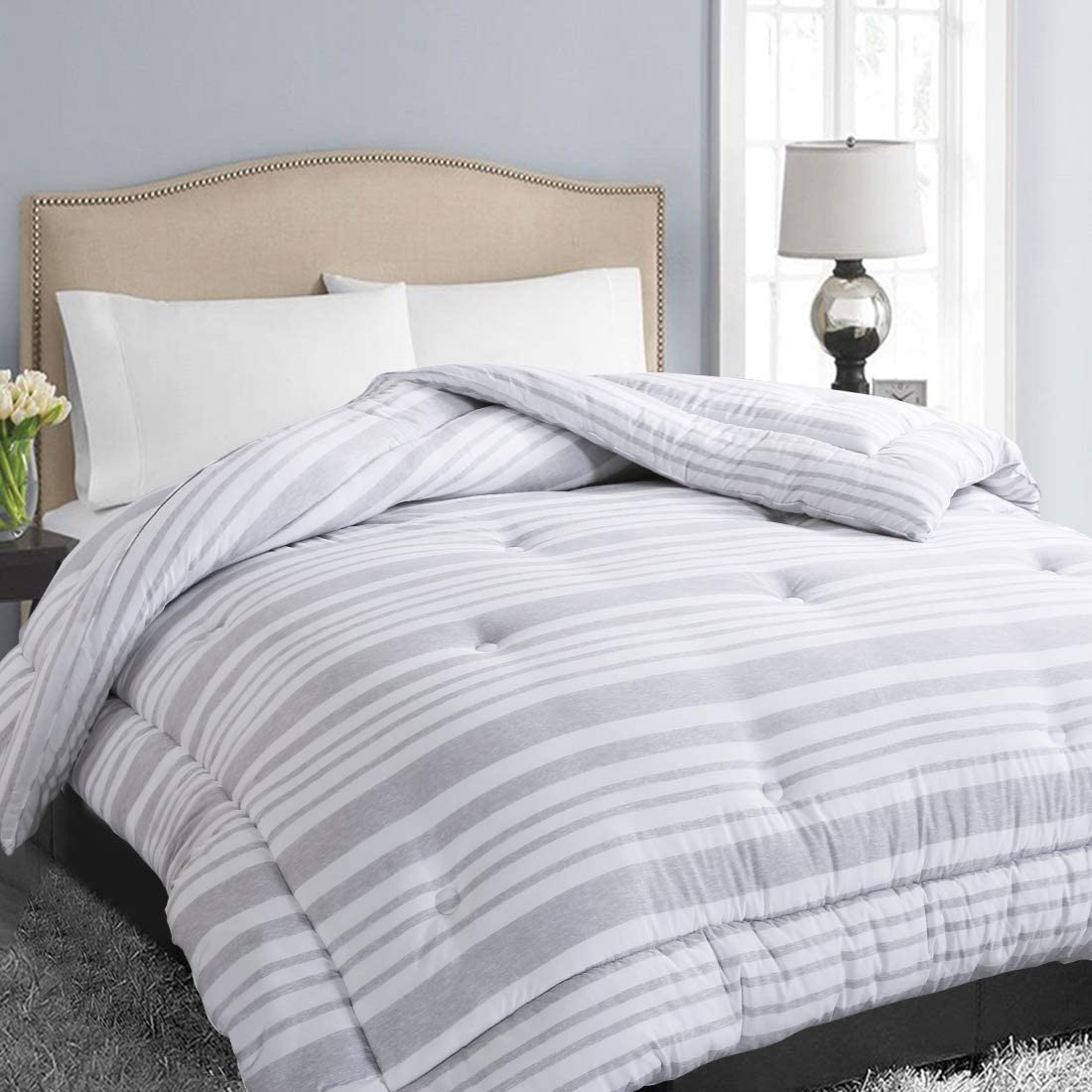 EASELAND All Season Queen Size Soft Quilted Down Alternative Comforter Hotel Collection Reversible Duvet Insert with Corner Tabs,Winter Warm Fluffy Hypoallergenic,Grey White Stripe