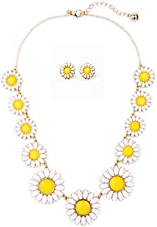 Peony.T Women's Daisy Flower Gold Chain Collar Necklace Earring Stud Set