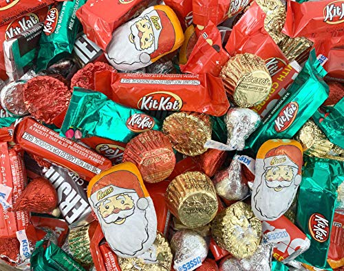 Christmas Candy Assortment - Hershey's KISSES Milk Chocolate, Hershey's Miniatures, REESE'S, Bulk Xmas Candy 3 Lbs