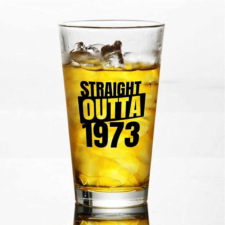Straight Outta 1973 - Vasos de cerveza personalizados, vaso de cerveza de pinta de 16 onzas ideas para el día de la independencia, papá, mamá, marido, esposa, padrino.